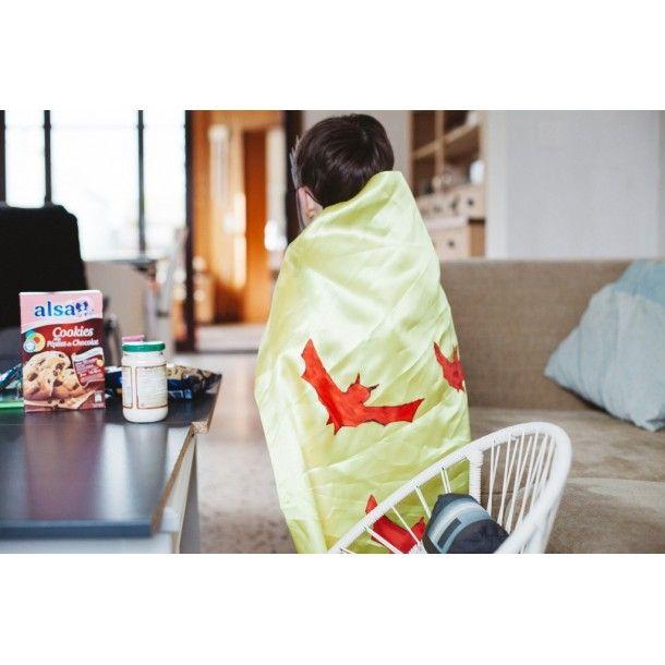 kit cape de super h ros tiniloo. Black Bedroom Furniture Sets. Home Design Ideas